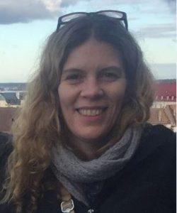 Dr Nicole Johnston