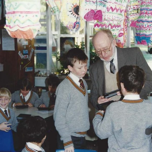 Paul Dench at Scotch College Primary with students and Palmtops